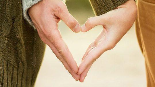 fidanzamento-cristiano-svolta